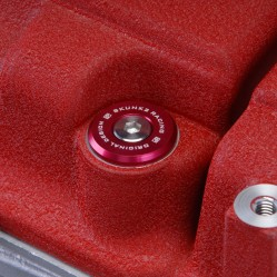 Skunk2  B-Series Vtec Low-Profile Valve Cover Hardware (Red)