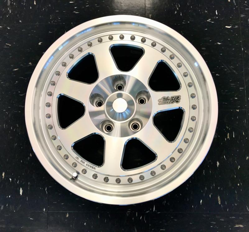 Mugen M7v2 Wheel 42700-M07B-1680-42